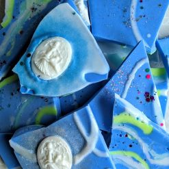 Blueberry & vanilla brittle wax melts scented in blueberry & vanilla fragrance