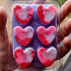 Doves clamshell wax melts scented in dove soap dupe fragrance