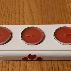 Shabby Chic Wooden Tealight Holder with 3 Scented Red Tealight Candles – Red Heart Series
