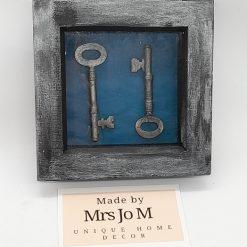 Collage - Vintage keys in box frame