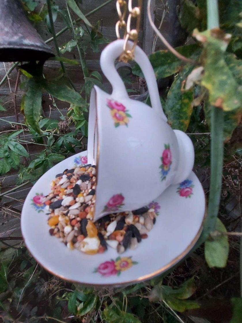 "Vintage teacup bird feeder ""Betty"""