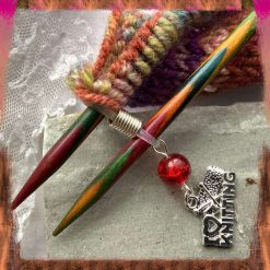 Knitting needle holder - hugger for needles, with charms - various colours