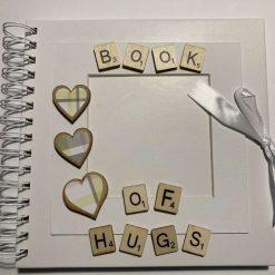 Book of Hugs Photo Album / free p.p (B) Hearts