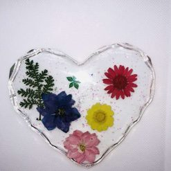 Heart shaped coaster with real flowers