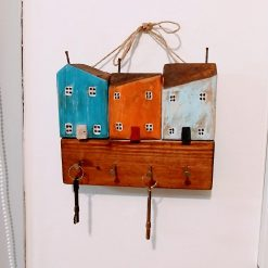 3 Little Cottages Key Holder