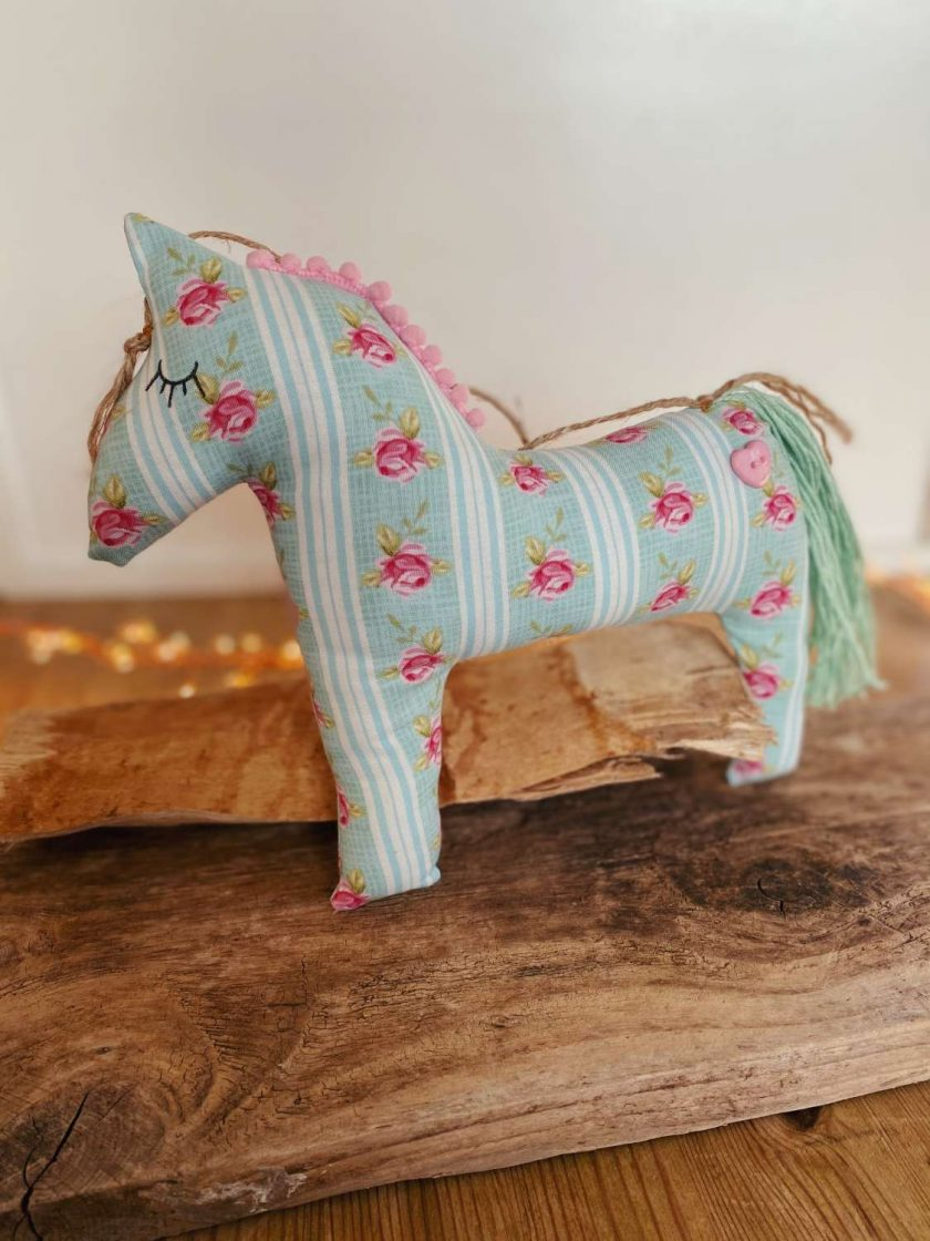 Horse Pony Equestrian Gift Hanging Decoration Cotton Fabric Jute Hanger 1