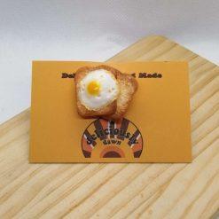 Egg-tastic fried egg on toast brooch