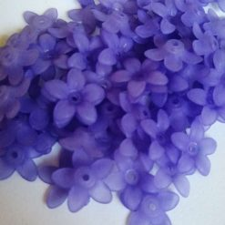 Lilac flower beads 15mm