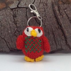 Bag charm or keychain knitted glittery red owl 🦉 hand made