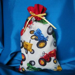 Reusable fabric gift bag (tractors)