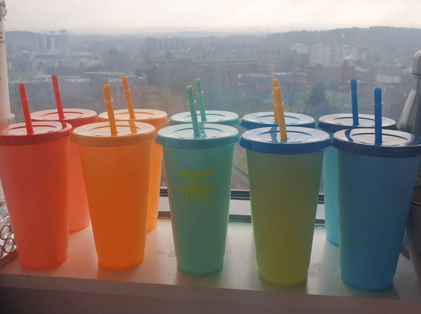 Discolouration cup's