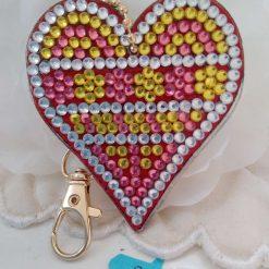 Heart shaped handbag/keyring chain in multi-coloured 5d resin beads (D)