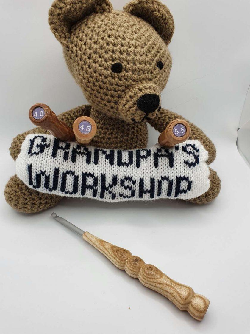 Wood Handled Crochet Hook