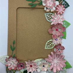 Magnetic Kraft card pink floral photo frame craft kit