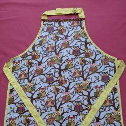 Child's wipe clean craft apron (owl)