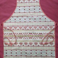 Child's easy wipe craft apron (heart)