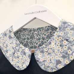 Detachable collar: Reversible collar made with Liberty tana lawn