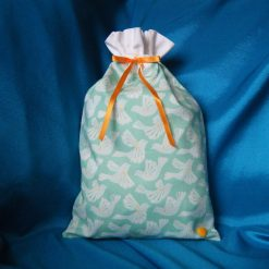 Reusable fabric gift bag (doves)