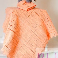 Apricot hearts crocheted blanket