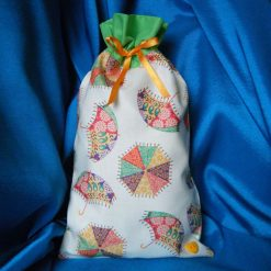 Reusable fabric gift bag (green umbrellas)