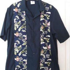 Tiki bowling shirt size large