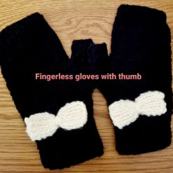 Black fingerless gloves with bow