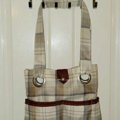 Hand-made fully lined 6 pockets handbag.  Free delivery