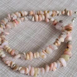 A beautiful pink opal necklace 5