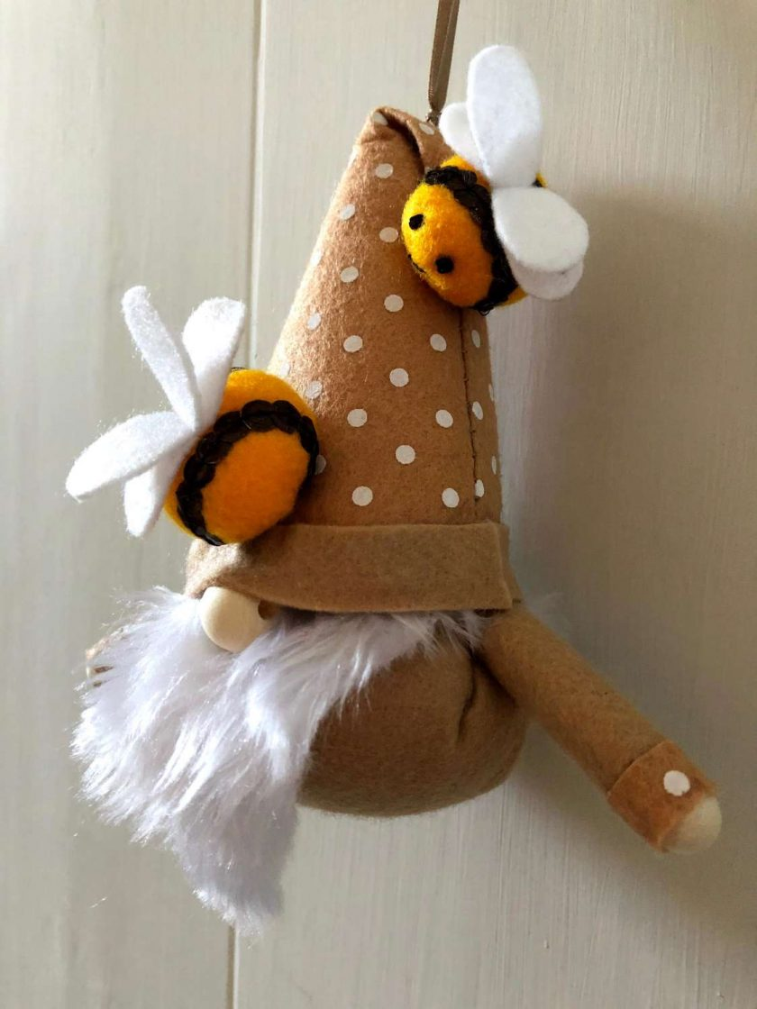 Hanging gnome/gonk with bees beige