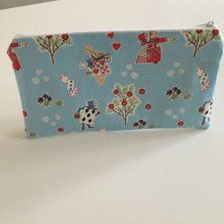 Pencil case, queen of hearts