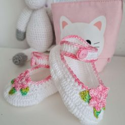 Baby girl ballerina shoe bootie crocheted by hand, special occasions, gift, keepsake.