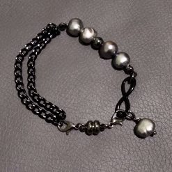 Natural freshwater grey pearl and black chain Bracelet
