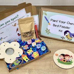 Wooden Bird Feeder Kit, children's craft, DIY bird feeder kit with seeds, outdoor activity box, kids DIY bird house, Children's craft