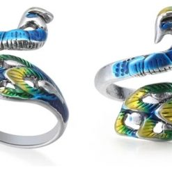 Adjustable Peacock Shape Ring Knitting/Crochet Yarn Holder