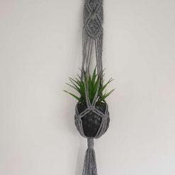 Small macrame plant holder