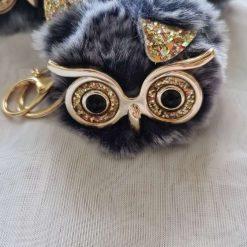 White fluffy adorable owl keyring