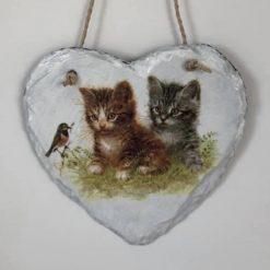 Kitten slate heart