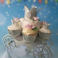 Princess carriage cupcake / cake stand