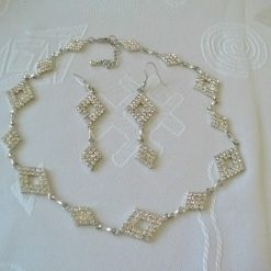 Stunning Diamante Necklace and Earring Jewellery Set