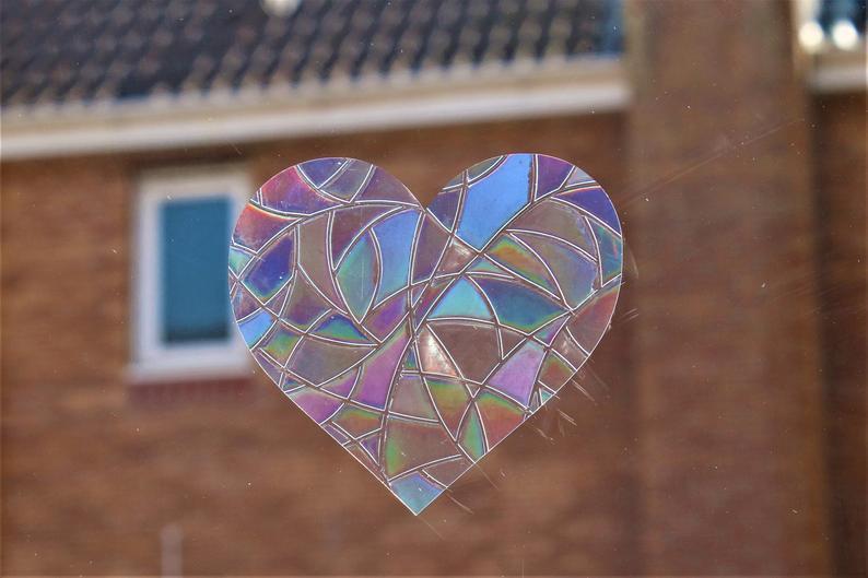 Rainbow Mix Hearts Suncatcher Window Film Prism Sticker. Sun Catcher Window Clings Decal Non Adhesive Decoration. Maker for Home, Car, Office, Caravan. Birthday Gift for Her, Mum, Nan, Kids, Friends