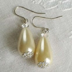 Handcrafted Classic Pearl Drop Earrings