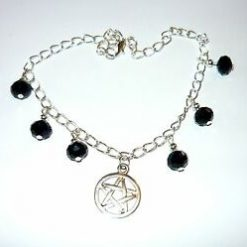 GOTHIC BEAUTY - PRETTY ANKLET WITH PENTACLE CHARM & BLACK BEAD DROPS