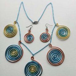 Unusual Swirly Rainbow Twisted Wire Necklace Set
