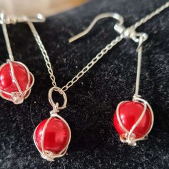 Pretty sterling silver glass pearl beaded earring & necklace set.