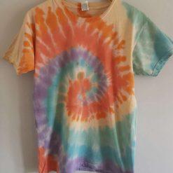 Tie dye t-shirt - adult unisex medium rainbow swirl