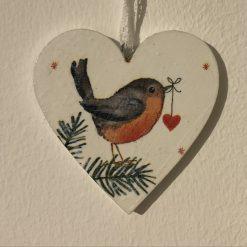 Robin wooden heart decoration