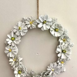 """Pine cone flower wreath/Centre piece 9"""" yellow and white daisies A stunning bespoke hand painted wreath Ideal gift (free p&p)"""