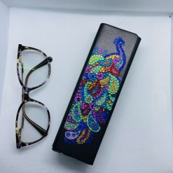 Glasses case, sunglasses case, solid case, peacock decoration, glasses protection, gift,