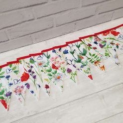 White Floral Bunting 100% cotton, Wild Flower & Insects Bunting, Floral Garland, Garden Bunting, Bee Bunting, Fabric Bunting, 10 double sided flags 2.5m