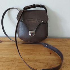 Brown shoulder bag. Leather crossbody bag.